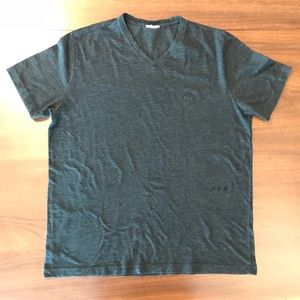 Lacoste v-neck t-shirt. Large